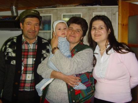 Bunicii Ghoerghe şi Finuţa